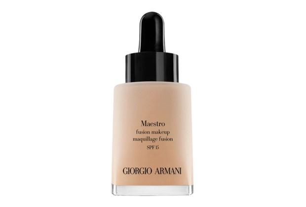 10 productos de maquillaje que mamá debe tener - Armani-Maestro-Foundation-1024x694