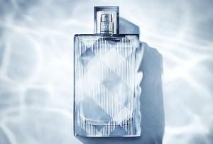 Burberry Brit Splash: La energía londinense hecha perfume