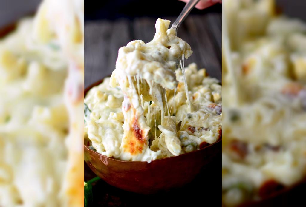 Mac & Cheese de espinaca y alcachofa