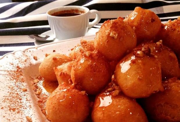 ¿Antojo de comida griega? Tienes que visitar estos lugares - ouzeria1-1024x694
