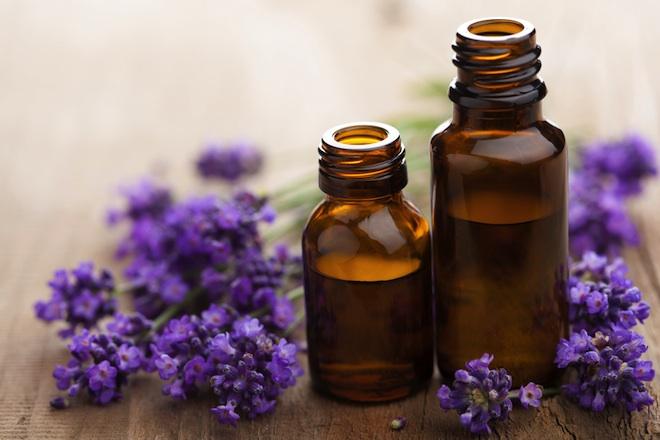 Algunos aceites esenciales que pueden ayudarte a reducir el SPM - aceite-de-lavanda