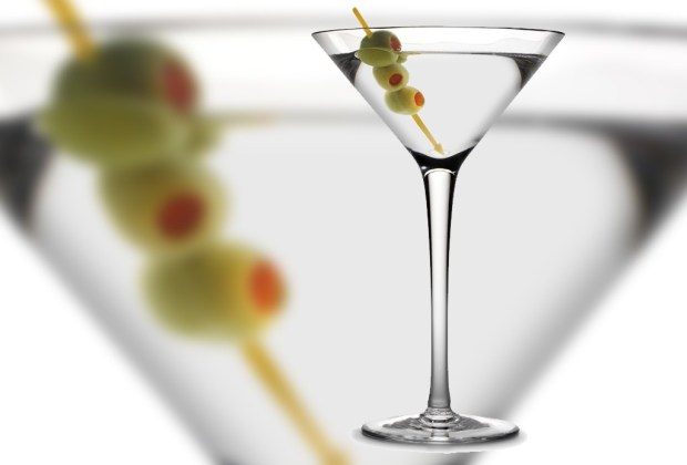 Belvedere nos comparte tres riquísimas recetas de martinis - wet-martini-1024x694