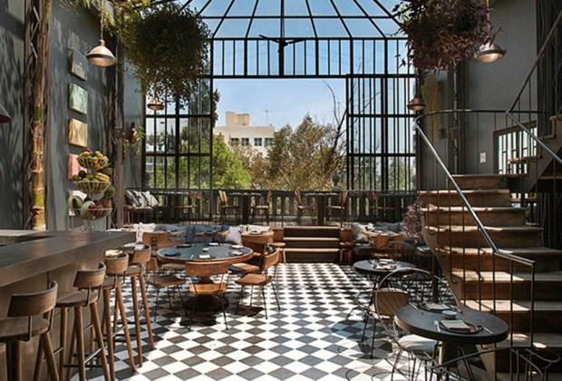 Restaurantes en la CDMX para una first date perfecta - Comedor-romita-1024x694