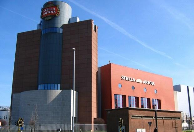 Recorre el mundo con los mejores tours de cerveza - stella-artois-leuven-belgica-1024x694