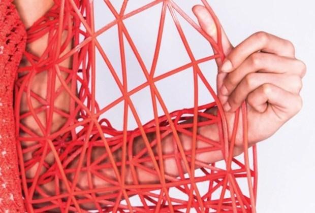 Conoce la primera colección de ropa TOTALMENTE impresa en 3D - Ropa-impresa-en-3D-por-estudiante-31-1024x694