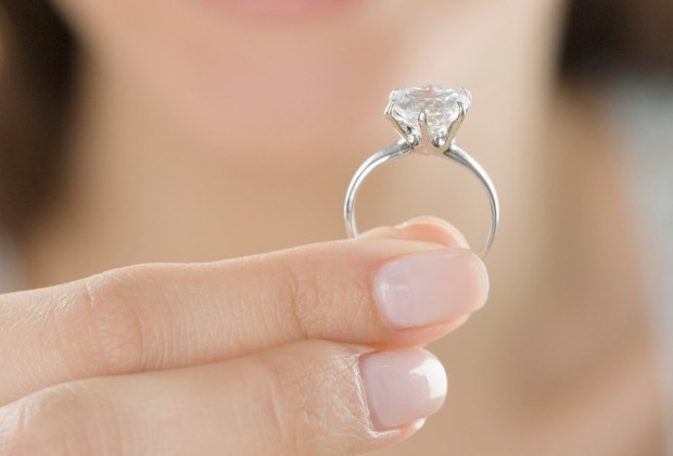 Qué hacer si NO te gusta tu anillo de compromiso - anillo-de-compromiso-4-1024x694