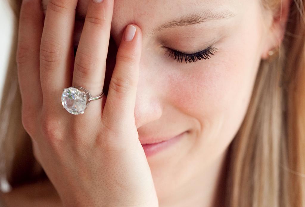 Qué hacer si NO te gusta tu anillo de compromiso