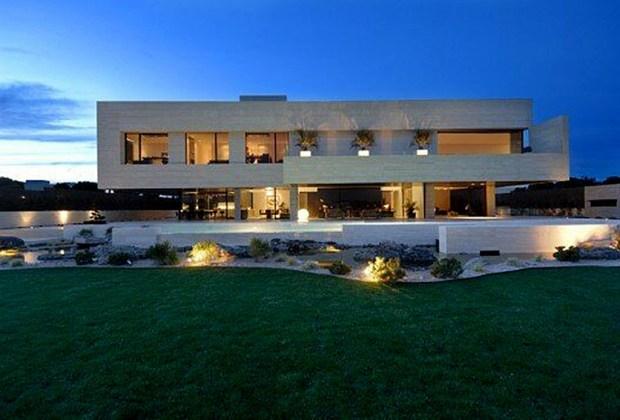 Las 7 casas más espectaculares de los deportistas - cristiano-ronaldo-1024x694