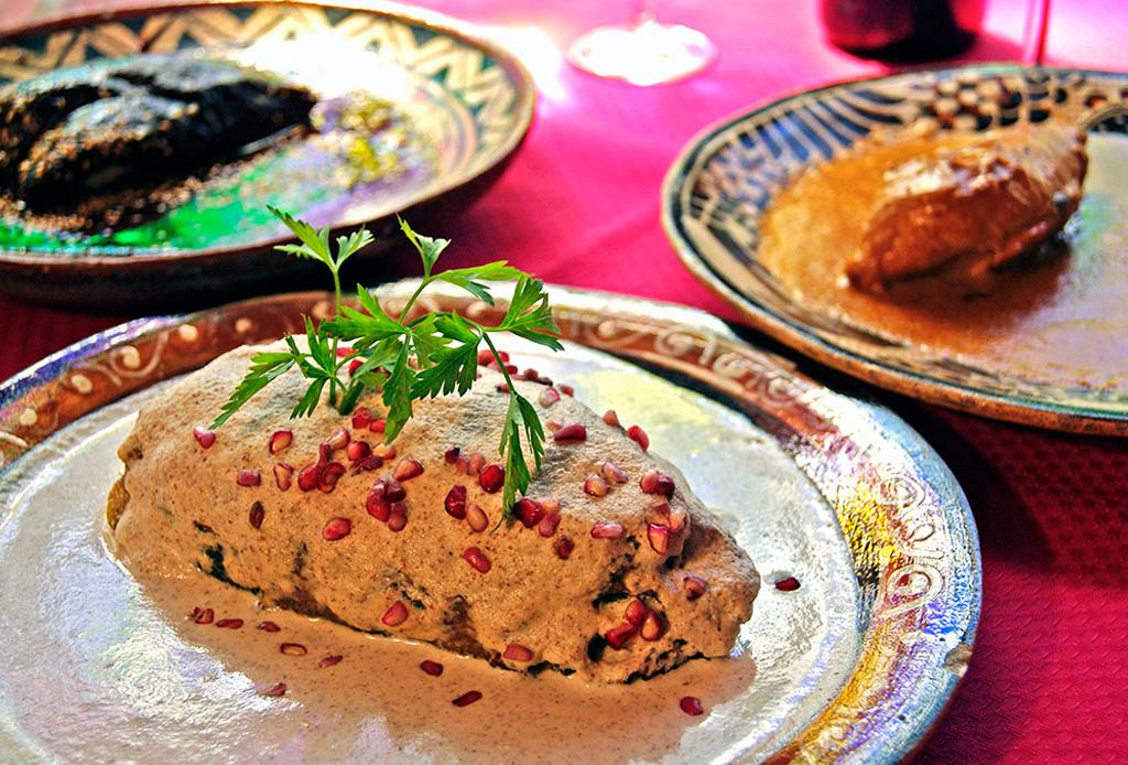 Estos son nuestros TOP 10 chiles en nogada en la CDMX - hosteria-de-santo-domingo