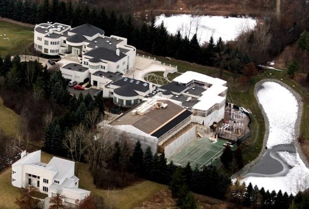 Las 7 casas más espectaculares de los deportistas - michael-jordan-1024x694