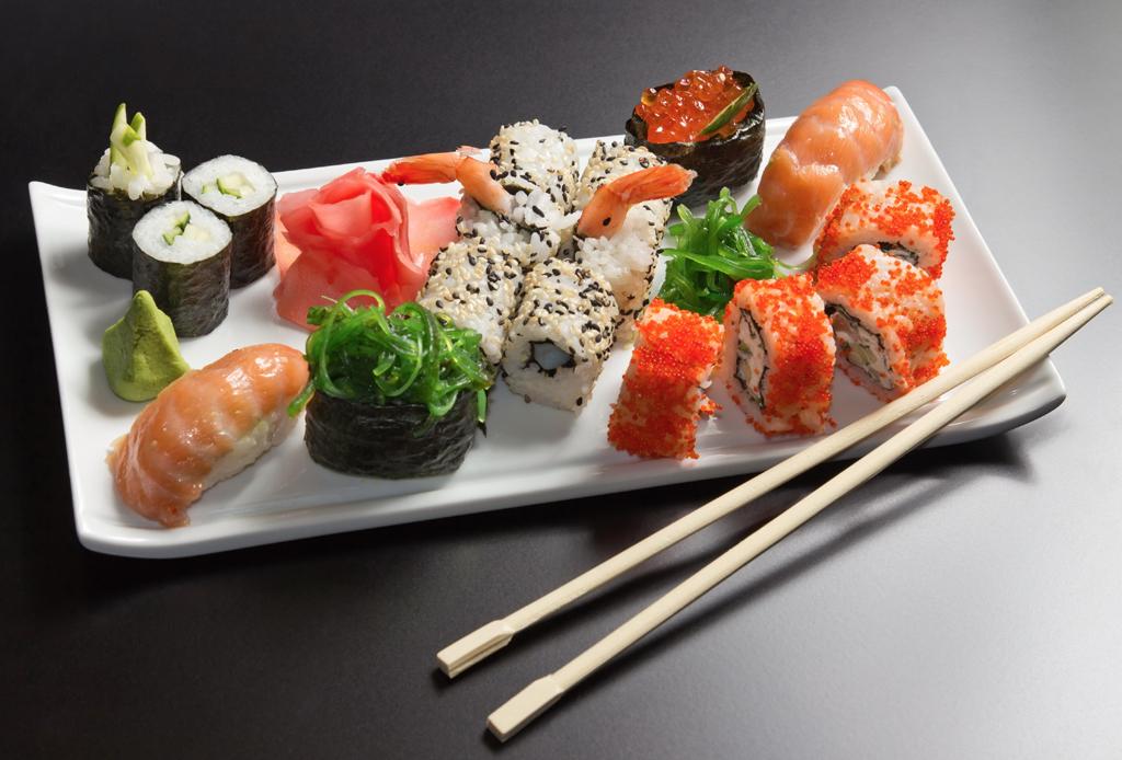 La mejor playlist para una noche de sushi