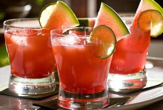 3 drinks para evitar los estragos de la fiesta - vampiros-1024x694