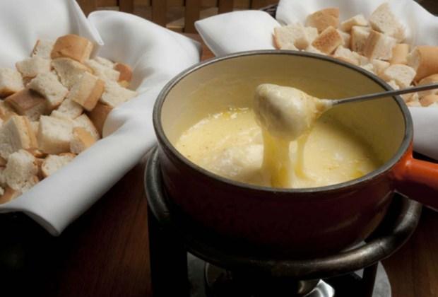 7 lugares para disfrutar los mejores fondues en la ciudad - fondue-haus-1024x694