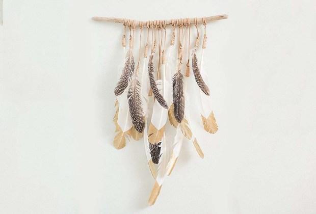 Ideas que le darán un toque muy otoñal a tu casa - plumas-1024x694