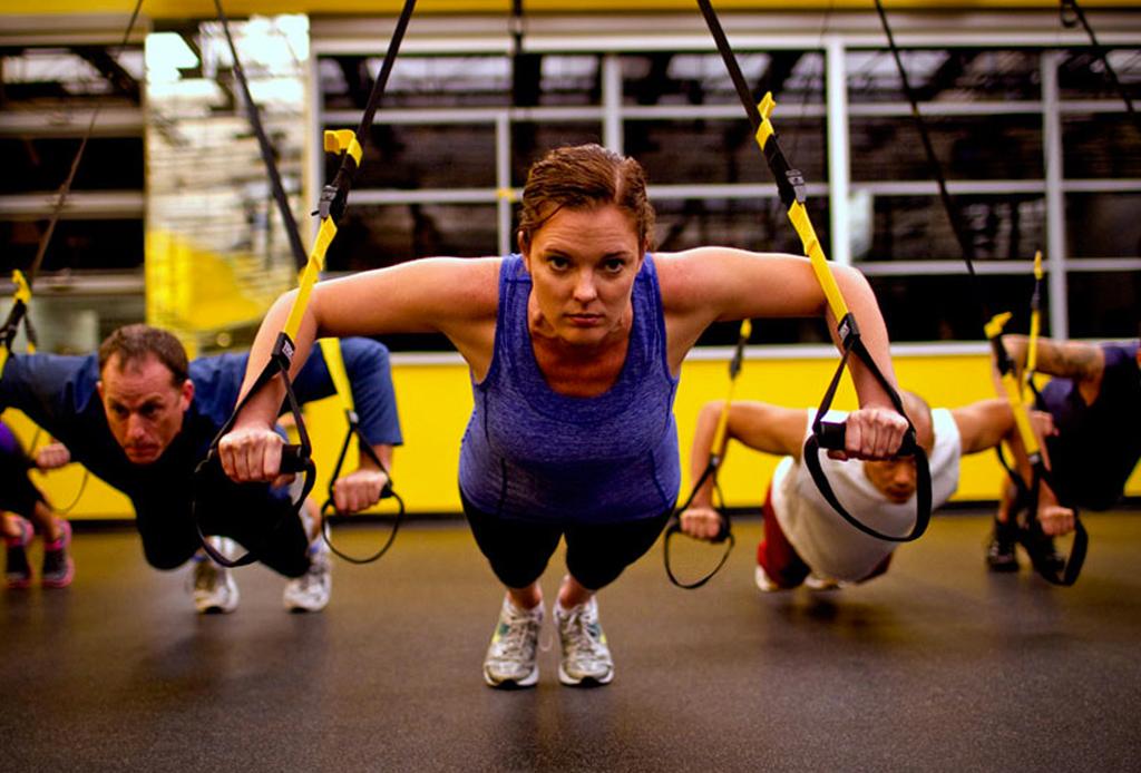 4 rutinas de ejercicios MUY rápidas y efectivas - trx-rutina-ejercicio