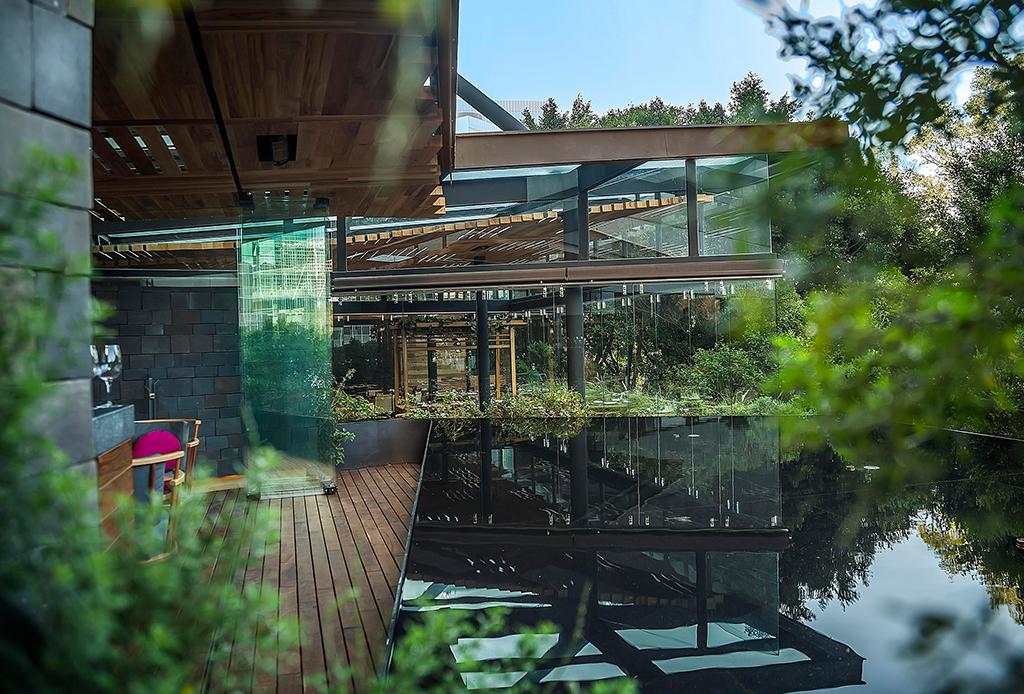 10 restaurantes de la CDMX para celebrar el 15 de septiembre - chapulin-4