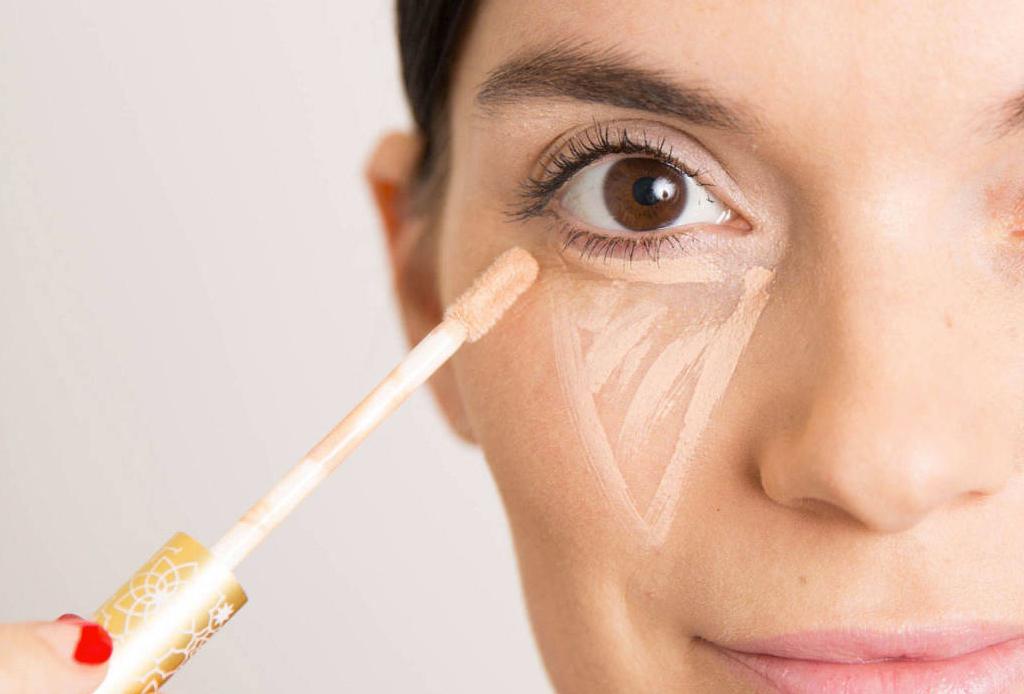 6 trucos de maquillaje para esconder los estragos de la fiesta - maquillaje-cruda-3