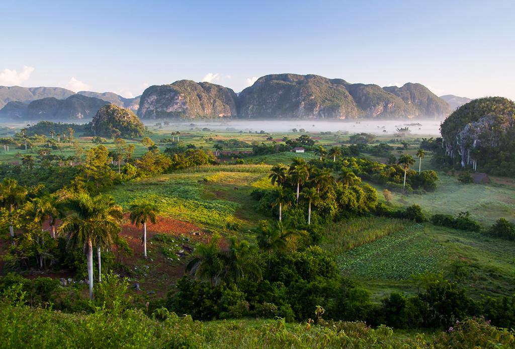 Los 10 destinos que DEBES visitar en 2016 - valle-de-vinales-cuba