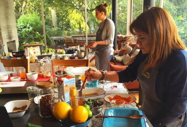 6 lugares para aprender a cocinar con tus amigos - cocina6-1024x694