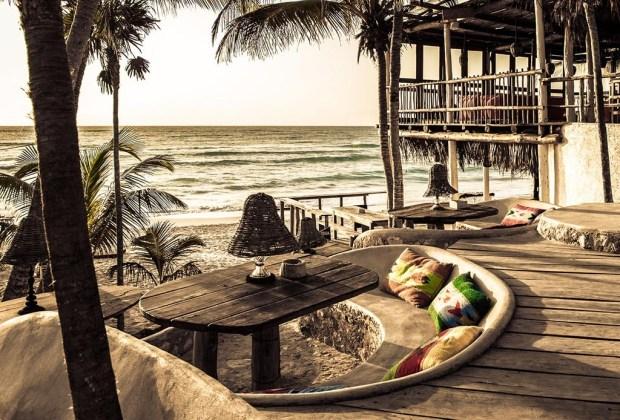 Los 10 hoteles más románticos de todo México Vol. II - papaya-playa-proyect-1024x694