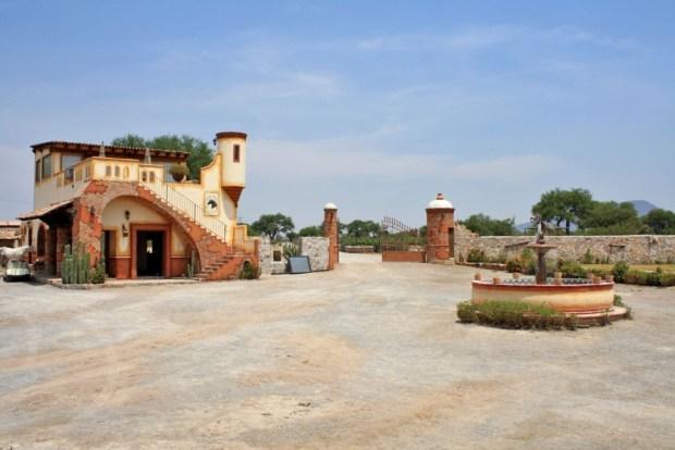Conoce los viñedos de la Ruta del Vino en Querétaro - vinedos-azteca-1024x683