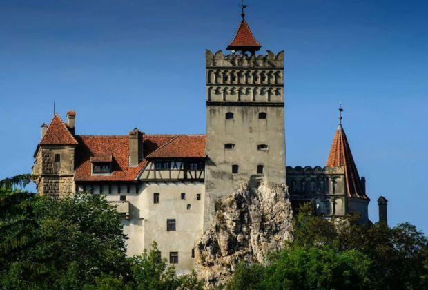 El verdadero castillo del Conde Drácula ¿a la venta? - bram-dracula2-1024x694