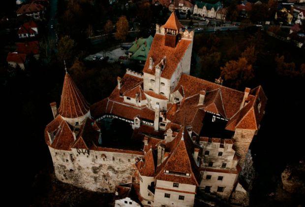 El verdadero castillo del Conde Drácula ¿a la venta? - dracula-1024x694