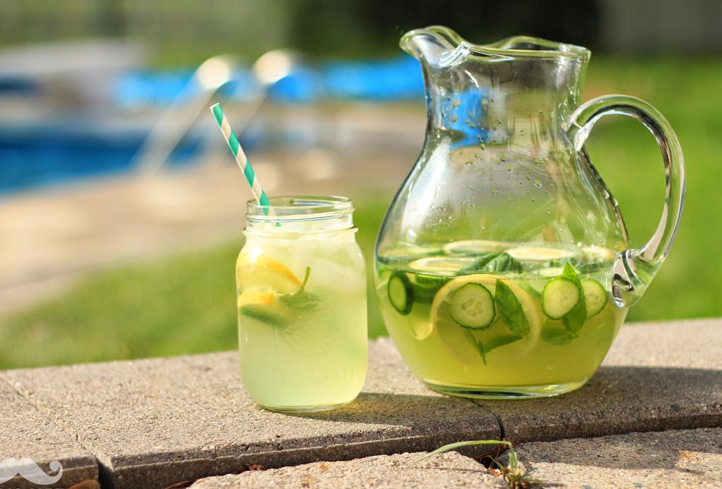 receta para hacer limonada con menta y jengibre
