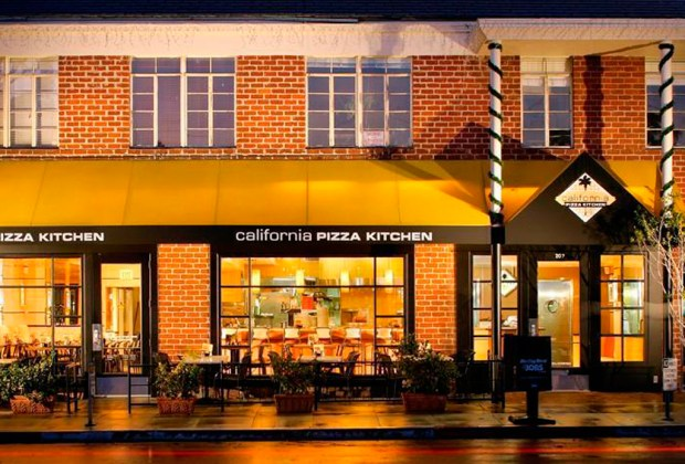 Prueba los mejores mojitos de la CDMX - california-pizza-1024x694