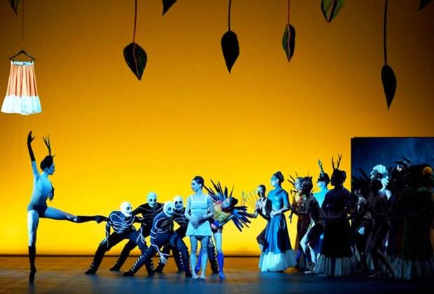 Conoce el espectáculo de ballet sobre la vida de Frida Kahlo - shesaid1-1024x694