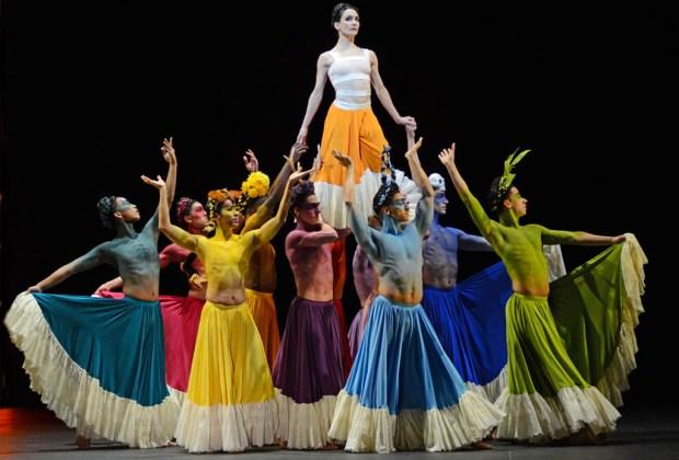 Conoce el espectáculo de ballet sobre la vida de Frida Kahlo - shesaid5-1024x694