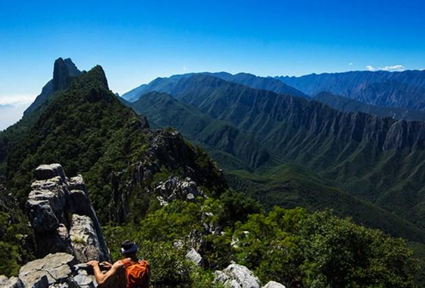 ¿De visita en Monterrey? Aquí 10 lugares básicos para conocer - monterrey2-1024x694