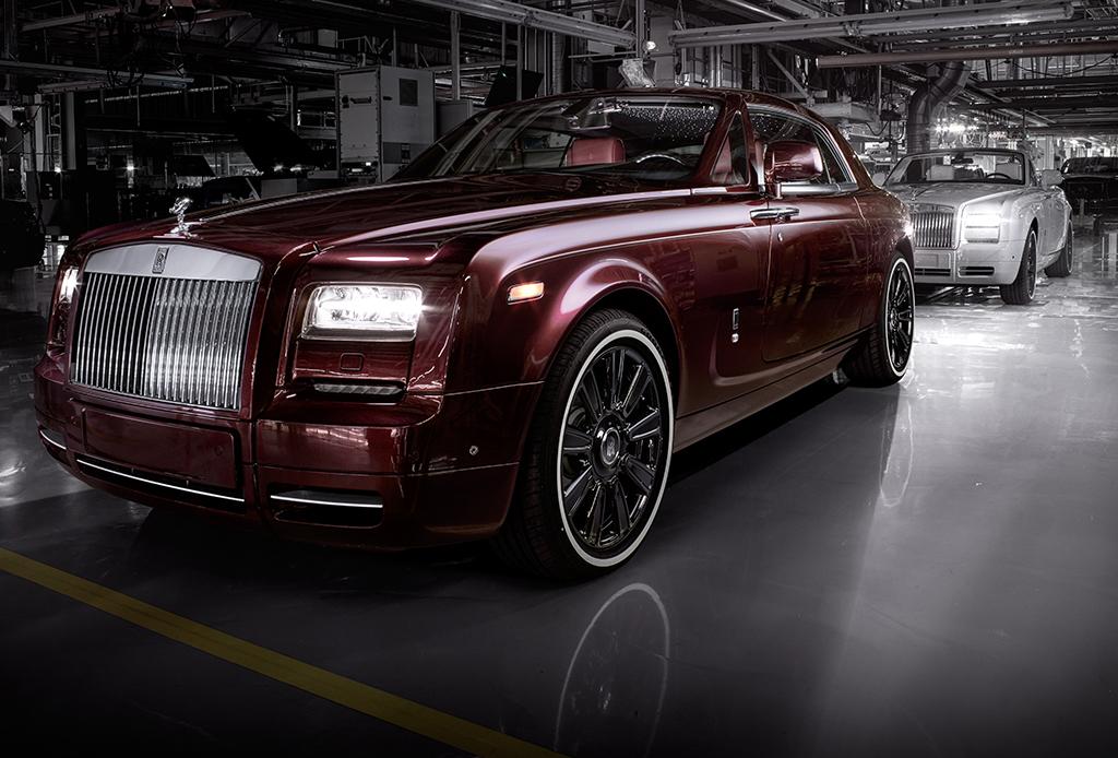El Rolls-Royce que llega con su propio bar de champaña - rolls-royce-bar-con-champana-1