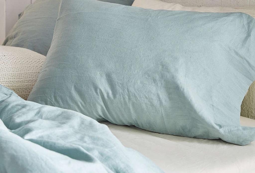 Los beneficios de dormir entre sábanas de lino - sabanas-lino-tendencias-decoracion