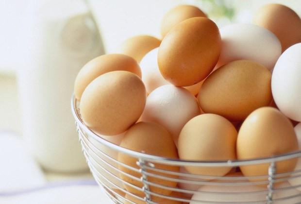 7 alimentos que mejoran la concentración - huevos-1024x694