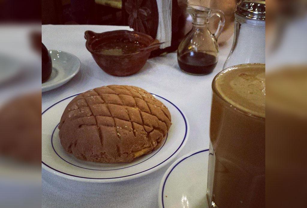 10 lugares con las conchas más deliciosas de la CDMX - concha-cafe-tacuba-1