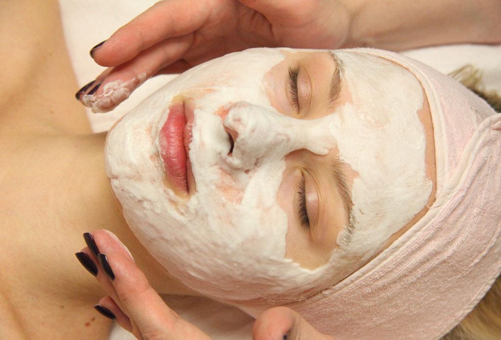 Los tratamientos de belleza más exclusivos del mundo - facial-placenta