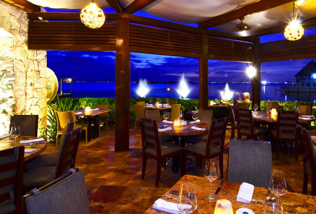 Todo lo que no sabías del restaurante Harry's - harrys-cancun