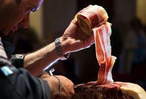 La loncha de jamón ibérico más larga del mundo