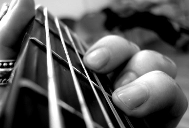 ¿No te concentras en el trabajo? Te decimos qué música escuchar para lograrlo - musica-sin-letra-1024x694