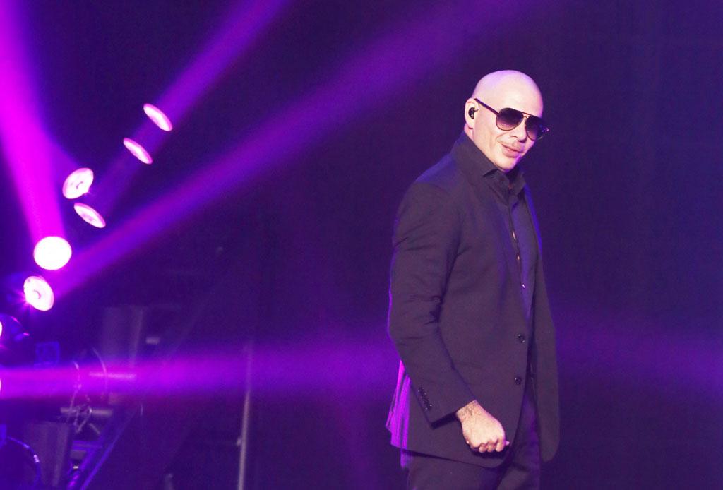 Celebra este 15 de septiembre en Las Vegas - pitbull