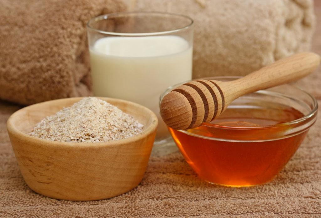 Remedios naturales para reducir el enrojecimiento de tu piel - agua-de-avena-2-1024x694