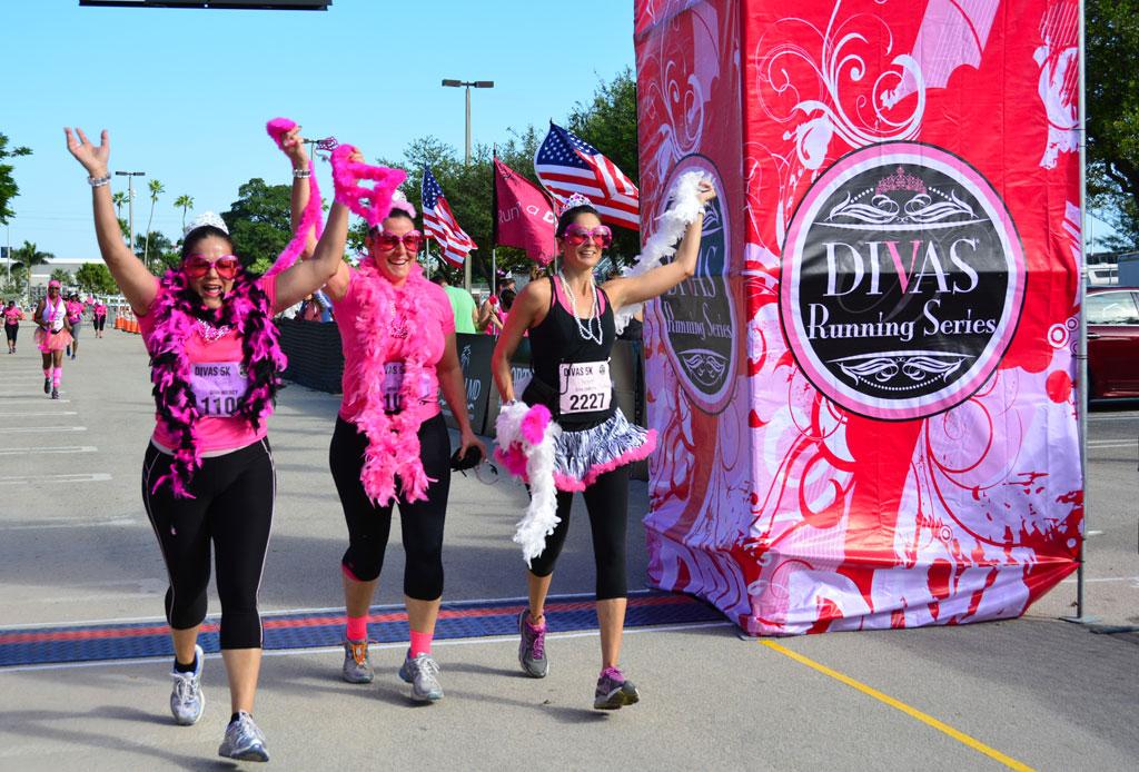 #RunningMonday: Las 5 carreras que DEBES hacer con tu mejor amiga - carreras-correr-con-tu-mejor-amiga-3