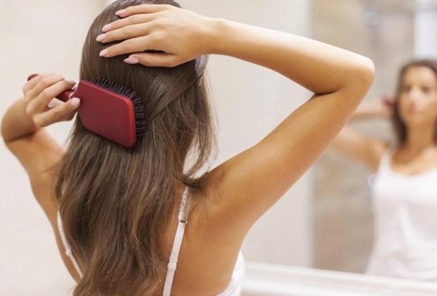 12 trucos para eliminar el frizz en el pelo - frizz9-1024x694