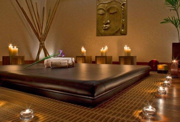 página web sala de masaje pecho grande