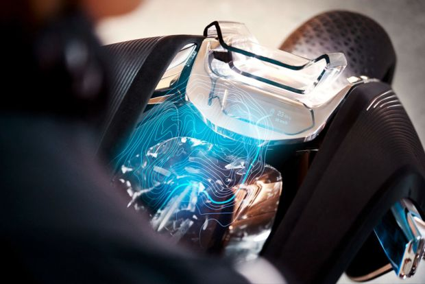 Conoce la nueva moto del futuro de BMW - trayecto-1024x683