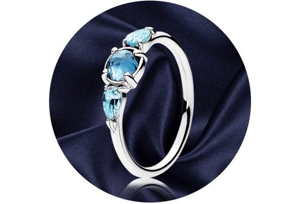 5 anillos ideales para regalar a quienes aman la joyería - pandora-patterns-of-frost-ring-1024x694