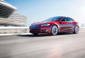 Los autos autónomos de Tesla están más cerca de lo que pensamos