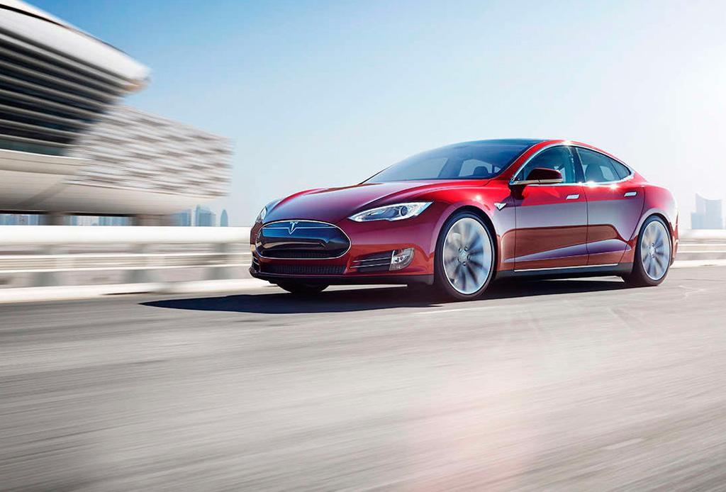 Los autos autónomos de Tesla están más cerca de lo que pensamos - tesla-1024x694