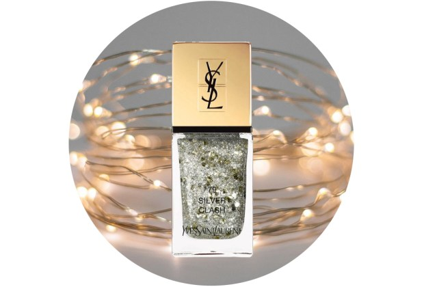 10 nuevos esmaltes de uñas para usar esta temporada de fiestas - ysl-beauty-la-laque-couture-holiday-beauty-in-silver-clash-1024x694